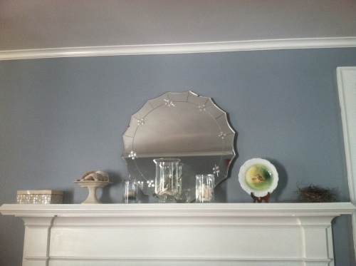 My Nate Berkus-inspired mantel